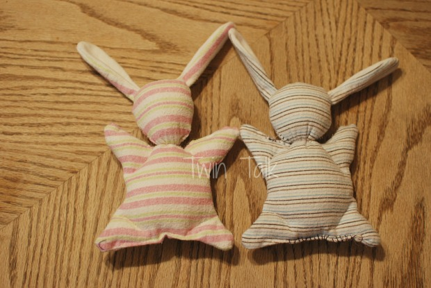 DIY:Upcycled Baby Blanket Bunnies
